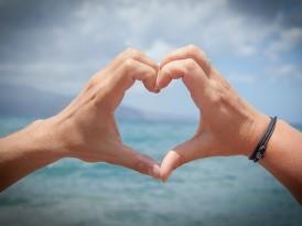 Kiedy mężczyzna kocha kobietę? 7 dowodów na miłość mężczyzny