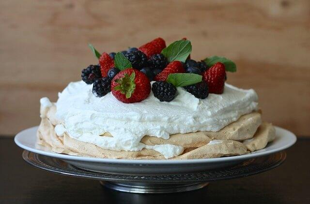 Tort bezowy - jak zrobić?