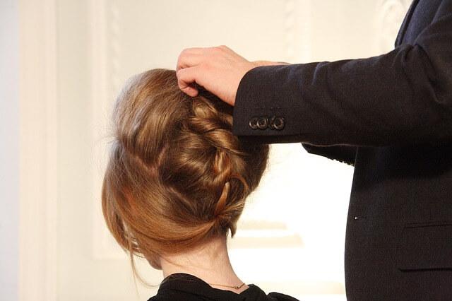 Jaką zrobić fryzurę z długich włosów?