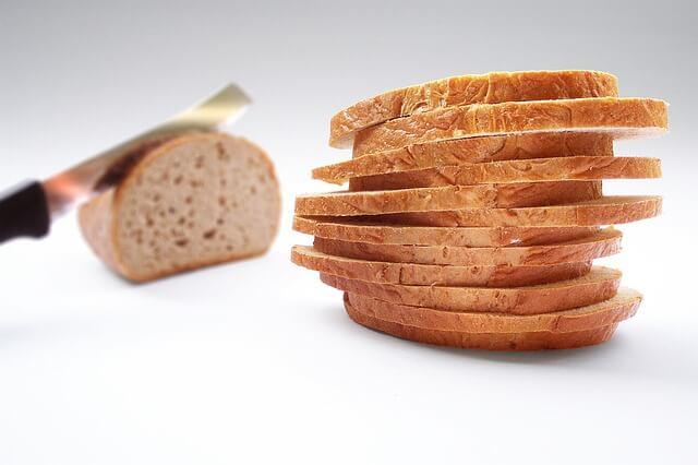Biały chleb podczas ochudzania