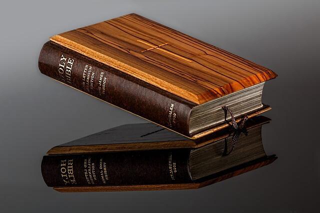 Biblia - najważniejsza księga Katolików