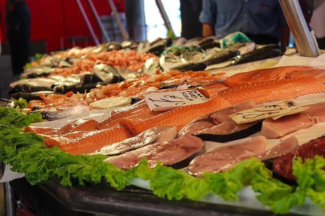 Filety ryb na straganie