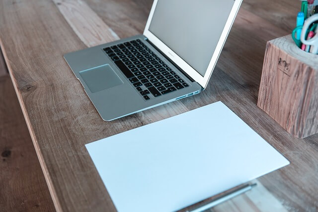 ultrabook laptop macbok