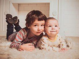 Czy posyłać dziecko do żłobka i jaki żłobek lepiej wybrać – prywatny czy publiczny?