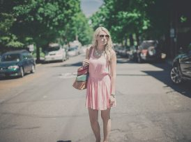 Jaka powinna być sukienka do pracy?
