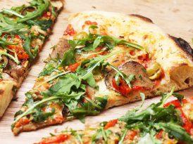 Jaki kamień do pieczenia pizzy? Granit czy szamot?