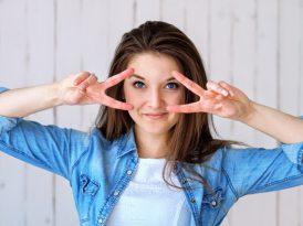 Jak dbać o cerę dojrzałą? Najpopularniejsze zabiegi w gabinetach kosmetycznych